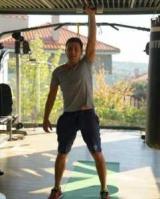 Из котлеты в атлеты: Владимир Зеленский показал стальные мышцы
