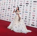 Regina Турин показал, округлый живот в платье: фото
